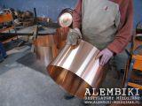 Produkcja alembika miedzianego